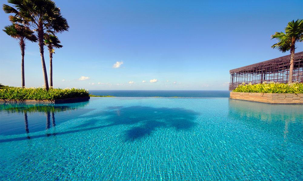 Trattamento delle acque piscine a sfioro