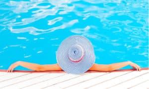prodotti plastici per piscine