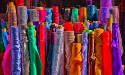 rotoli di stoffa del mercato tessile